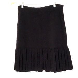 Henri Bendel sweater skirt M